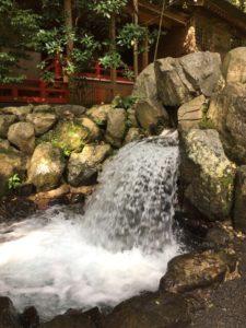 椿さん かなえ滝